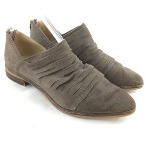 Chinese Laundry Shoes - Danika booties ankle boot taupe suede zip pointed